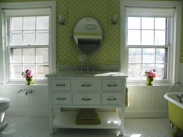 Image Girl's Green Bathroom (1)
