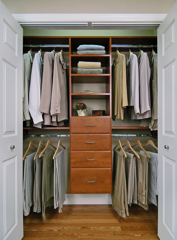 Image closet 1