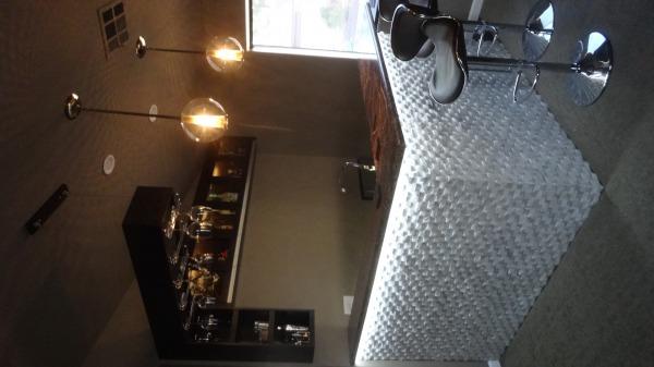 Image Home corner bar remodel (0)