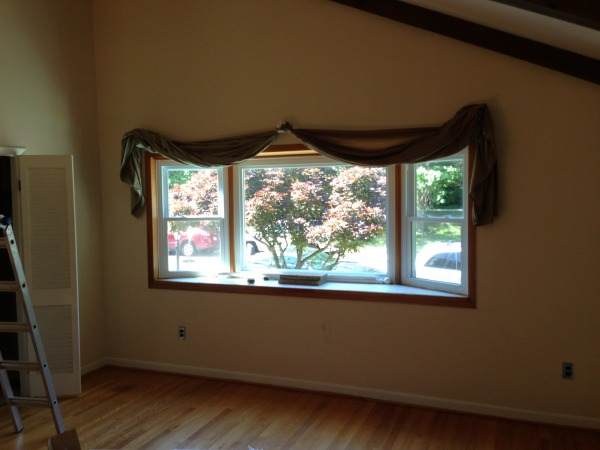 Image Interior window 2 (bay...