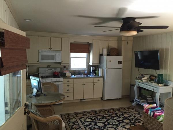 Image Kitchen/den in existin...