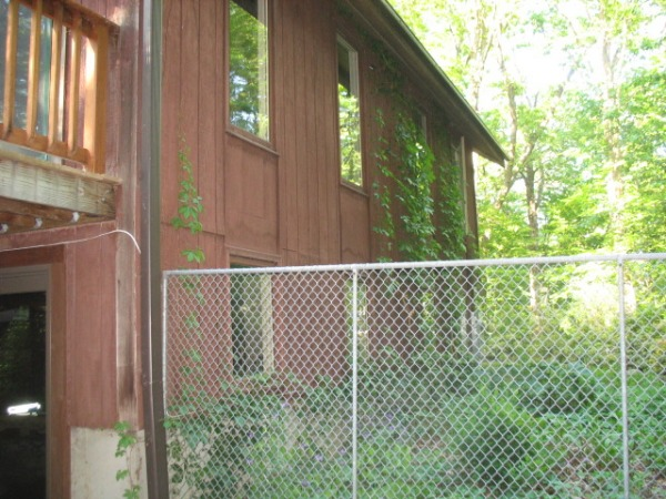 Image left side of house