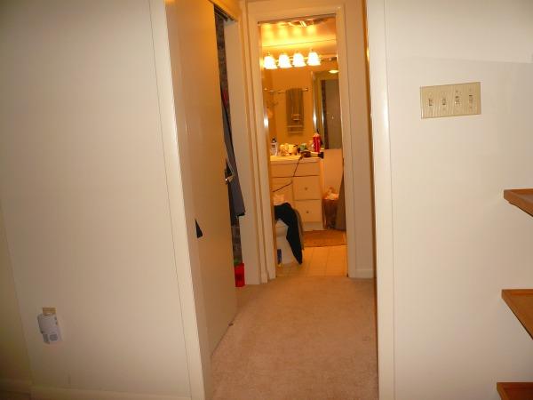Image Entrance to basement b...