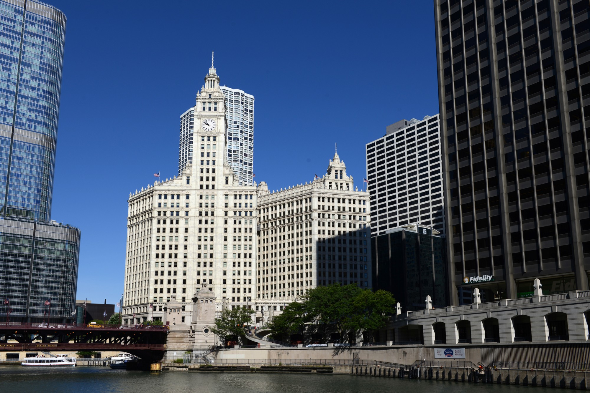 Wrigley Building & 183 Buildings Of Chicago