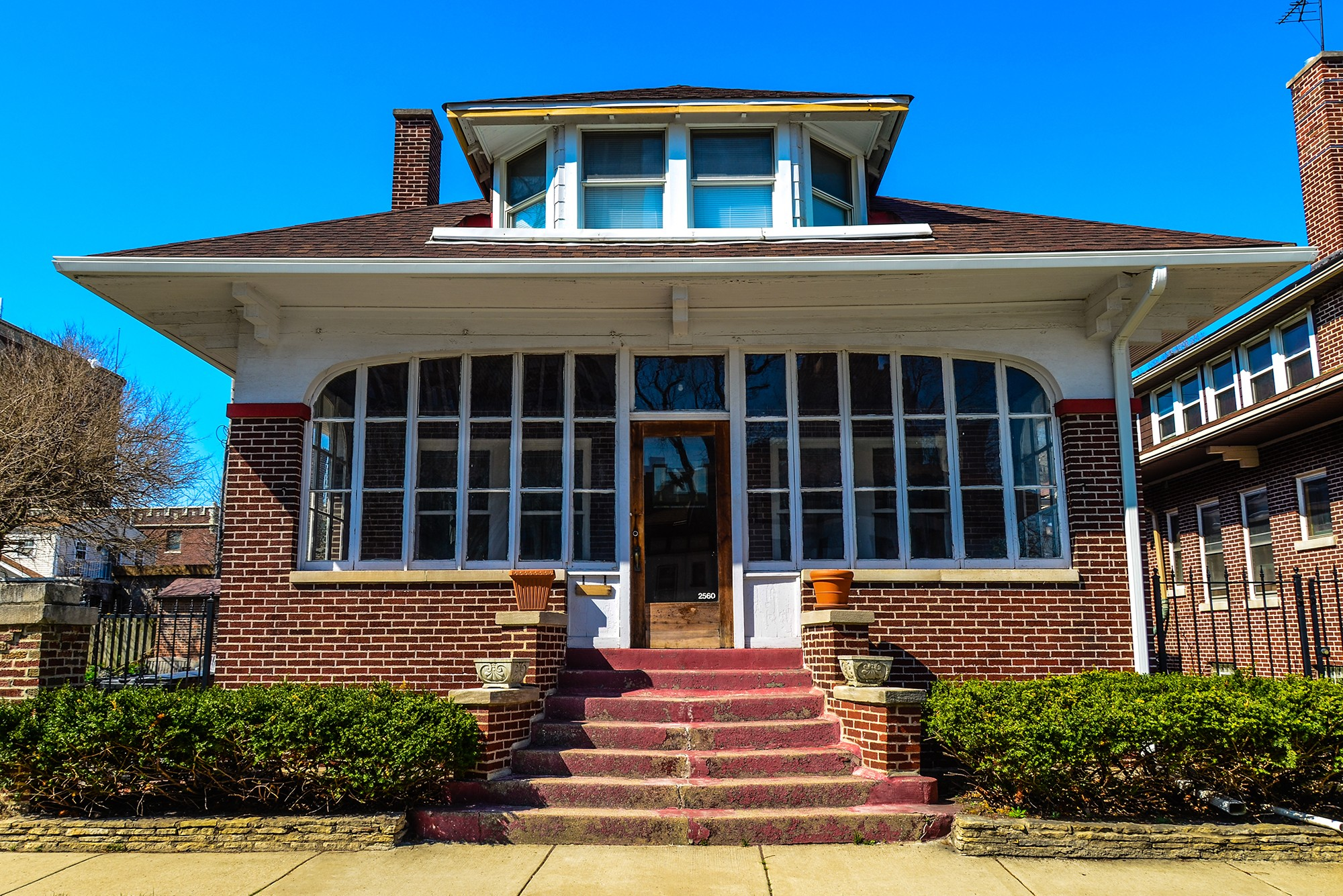 Daytime talk the campaign for sensible bungalow for Classic chicago house