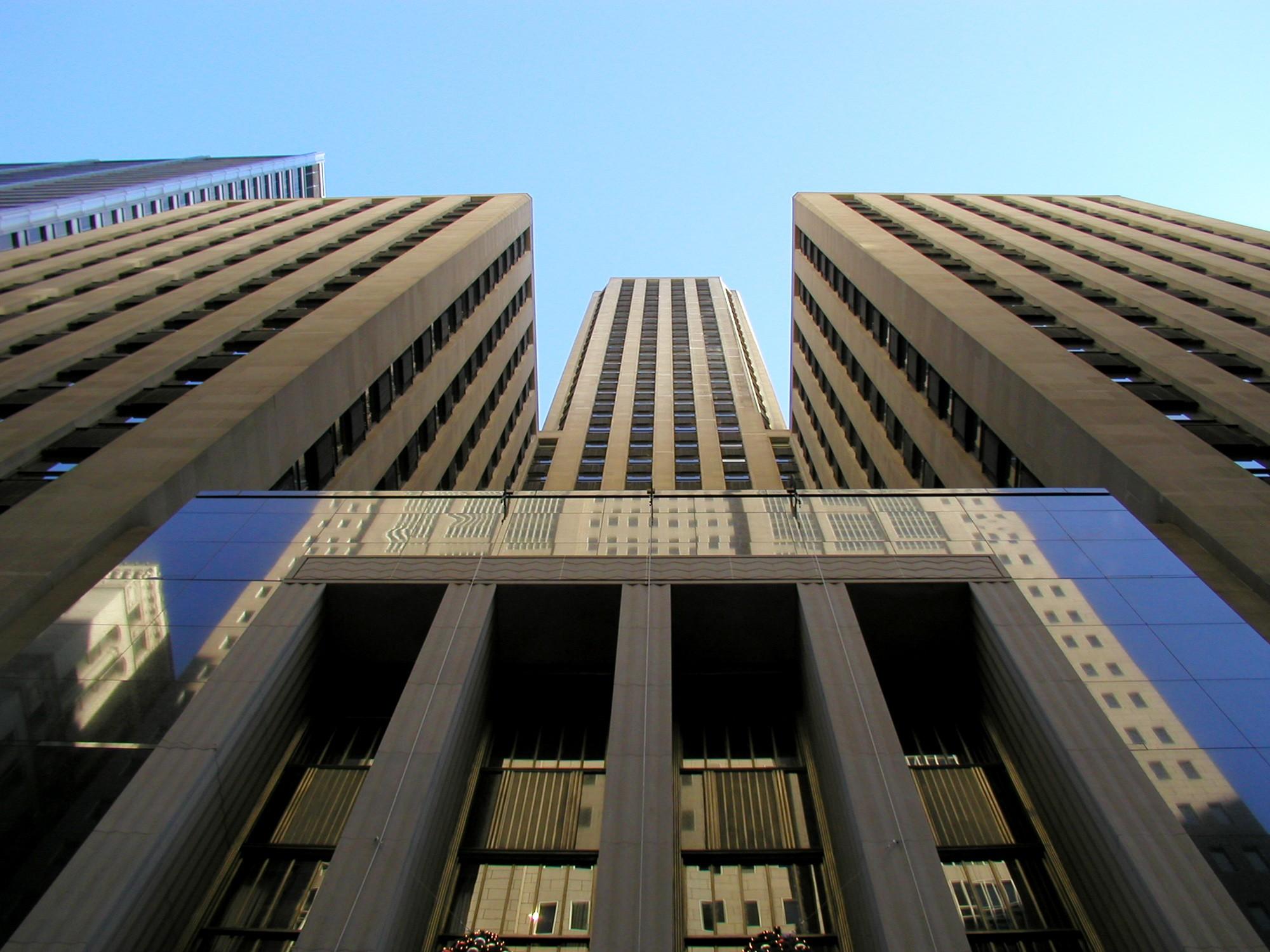 Art Deco: Art Deco Skyscrapers: The Loop · Tours · Chicago