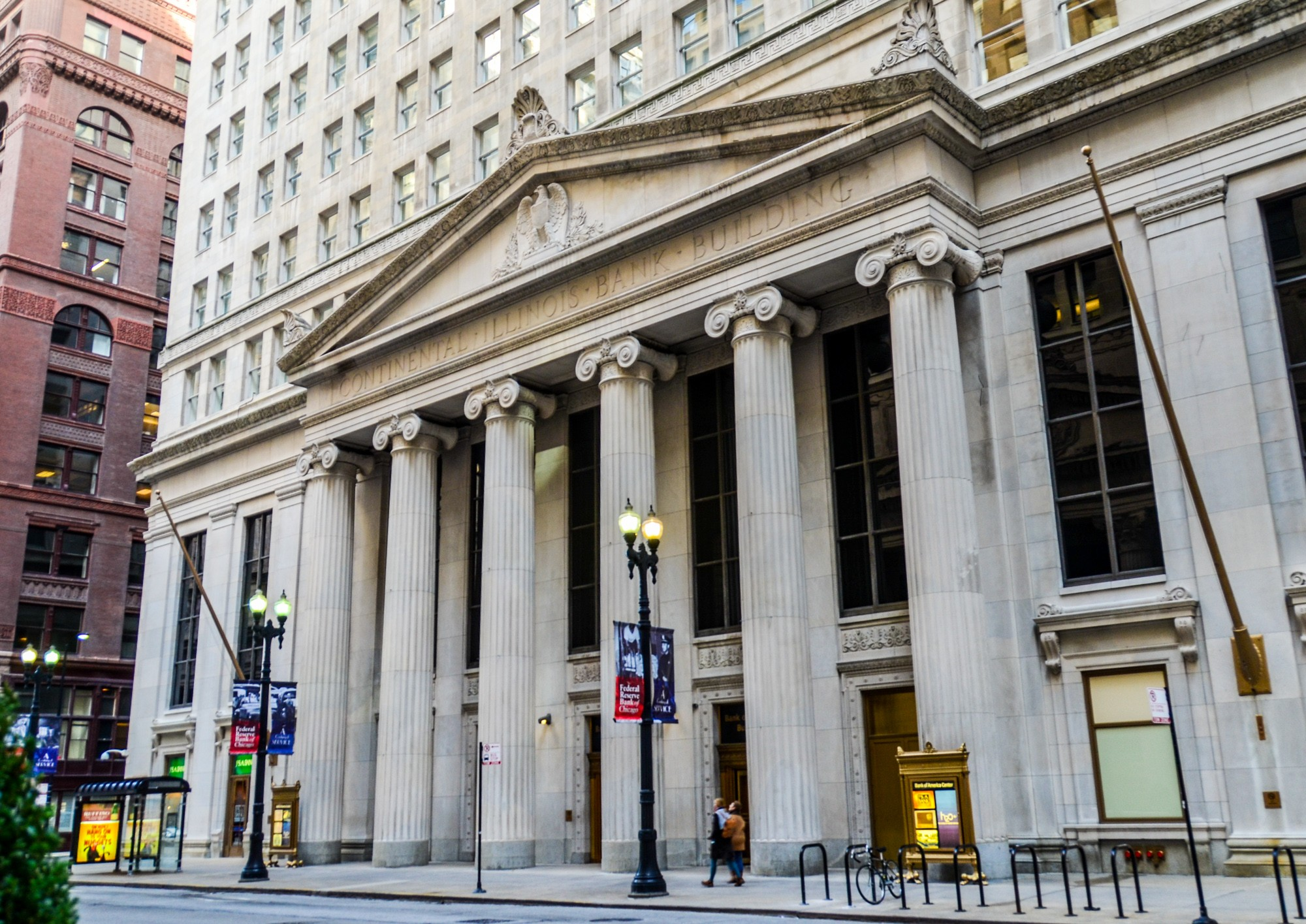 how to open a bank in usa