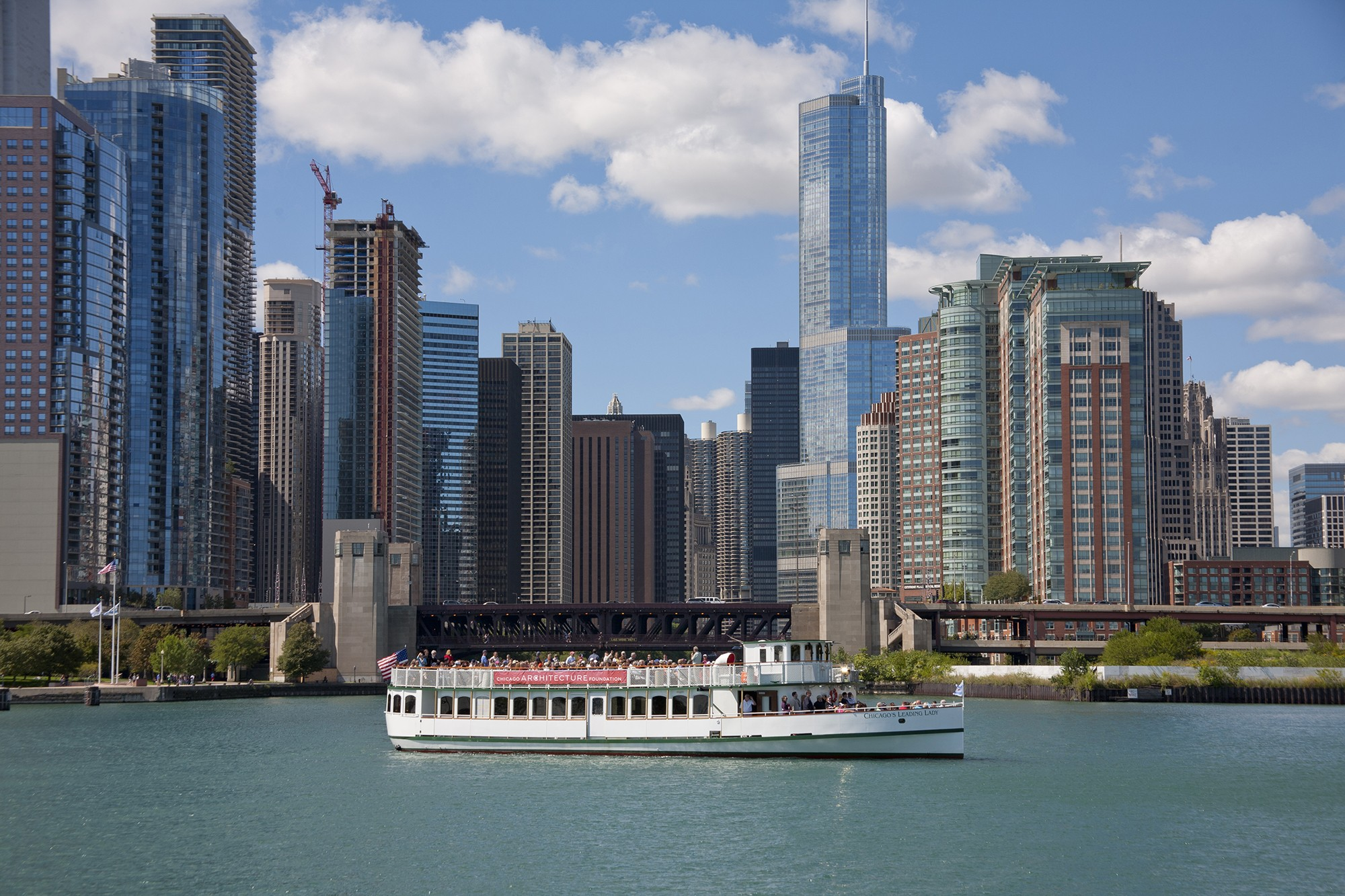 chicago architecture foundation river cruise aboard
