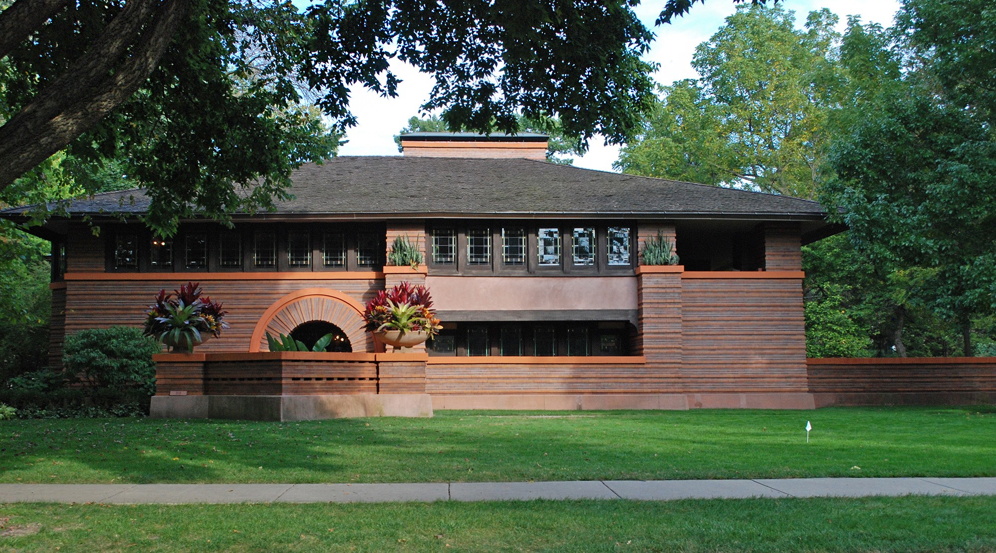 frank lloyd wright neighborhoods by bus tours chicago architecture center cac. Black Bedroom Furniture Sets. Home Design Ideas