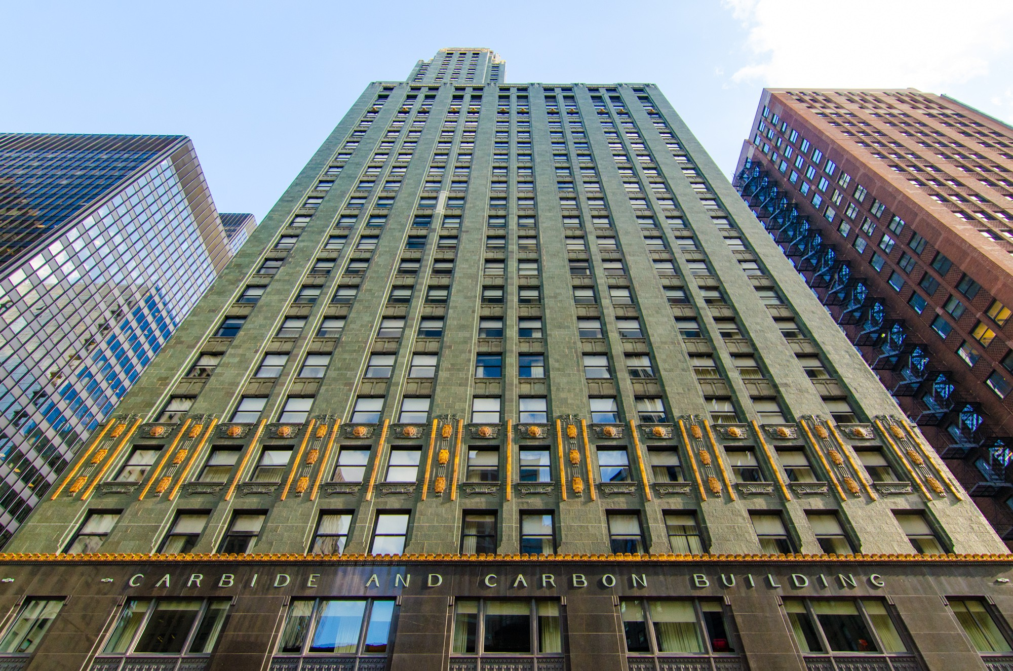 Hard rock hotel chicago carbide and carbon building for Sites hotel