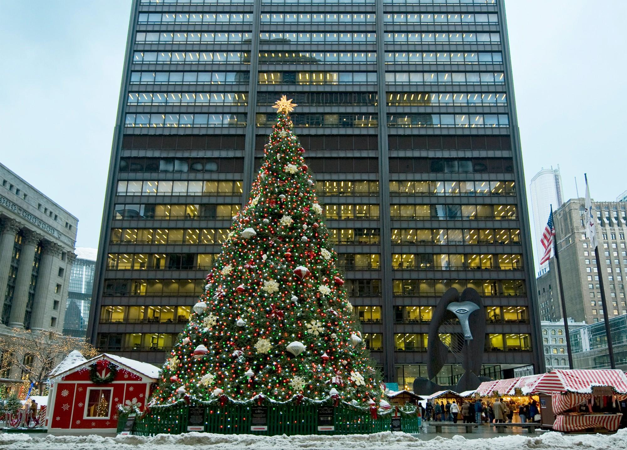 Downtown Chicago Christmas Lights