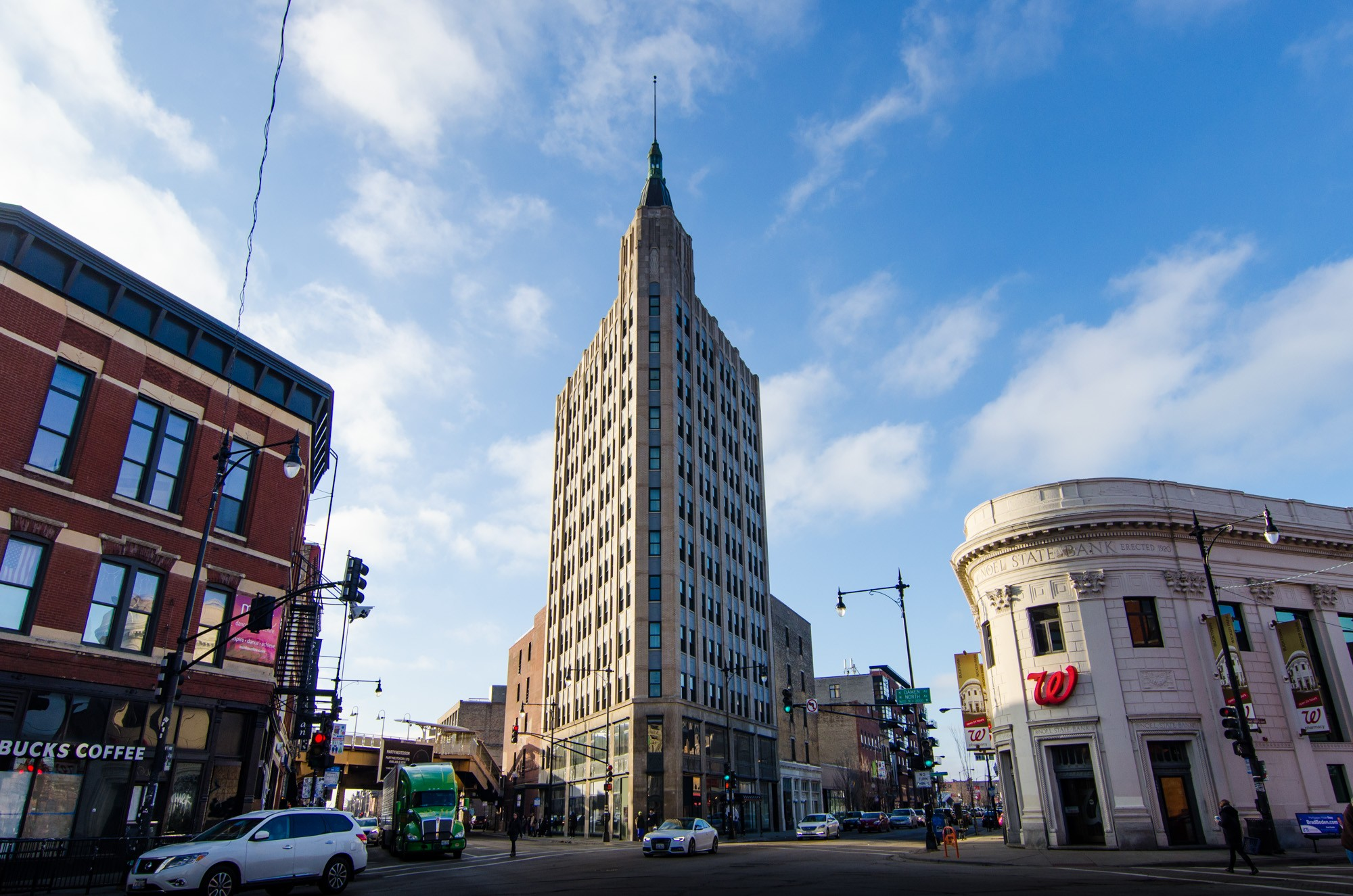 The robey northwest tower sites open house chicago for Robey hotel chicago
