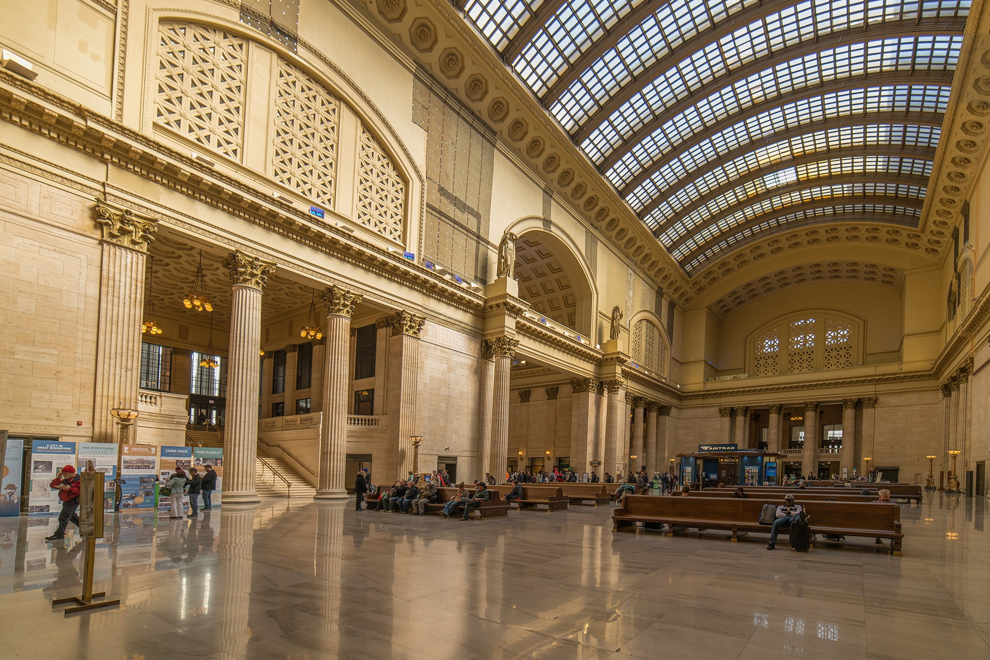 Union Station Icon Of A Great Age  Tours  Chicago Architecture - Chicago map union station