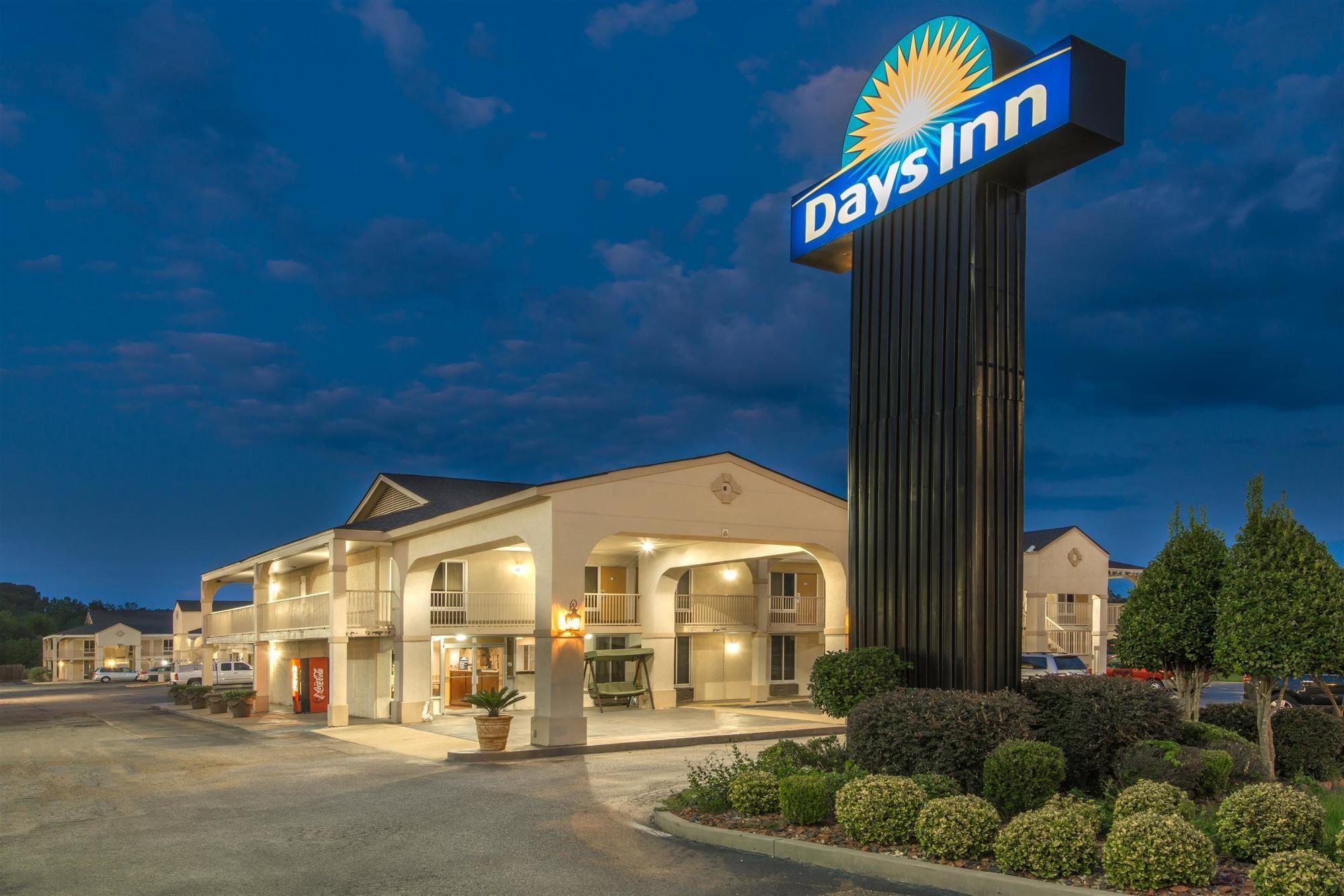 Days Inn Shorter in Shorter, AL