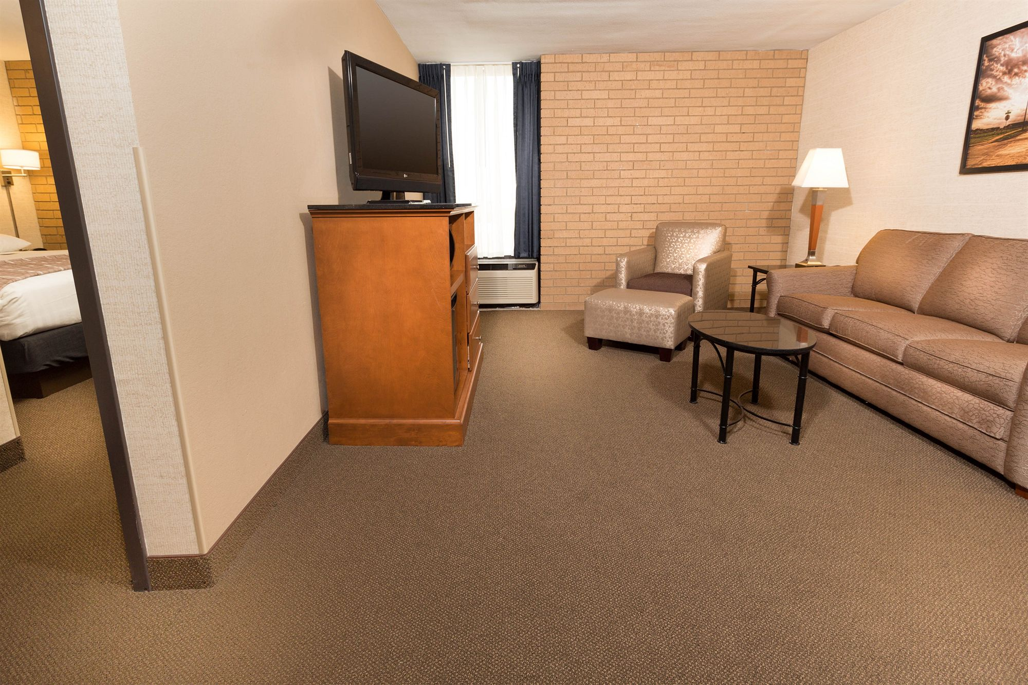 Champaign Hotel Coupons for Champaign, Illinois - FreeHotelCoupons.com
