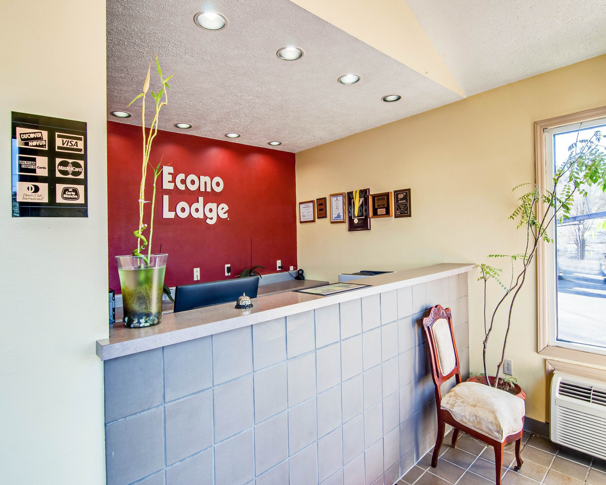 Econo Lodge Marion in Marion, VA
