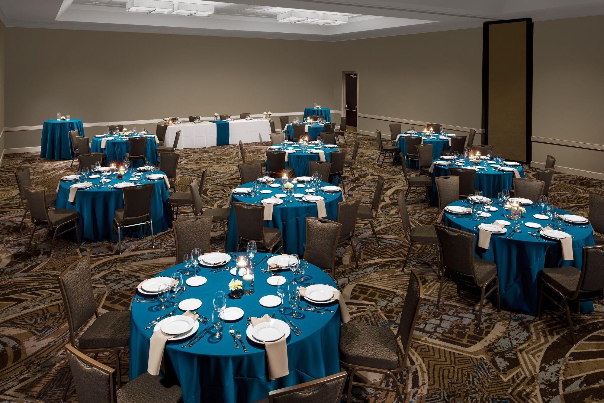 Embassy Suites Lake Buena Vista Resort in Lake Buena Vista, FL