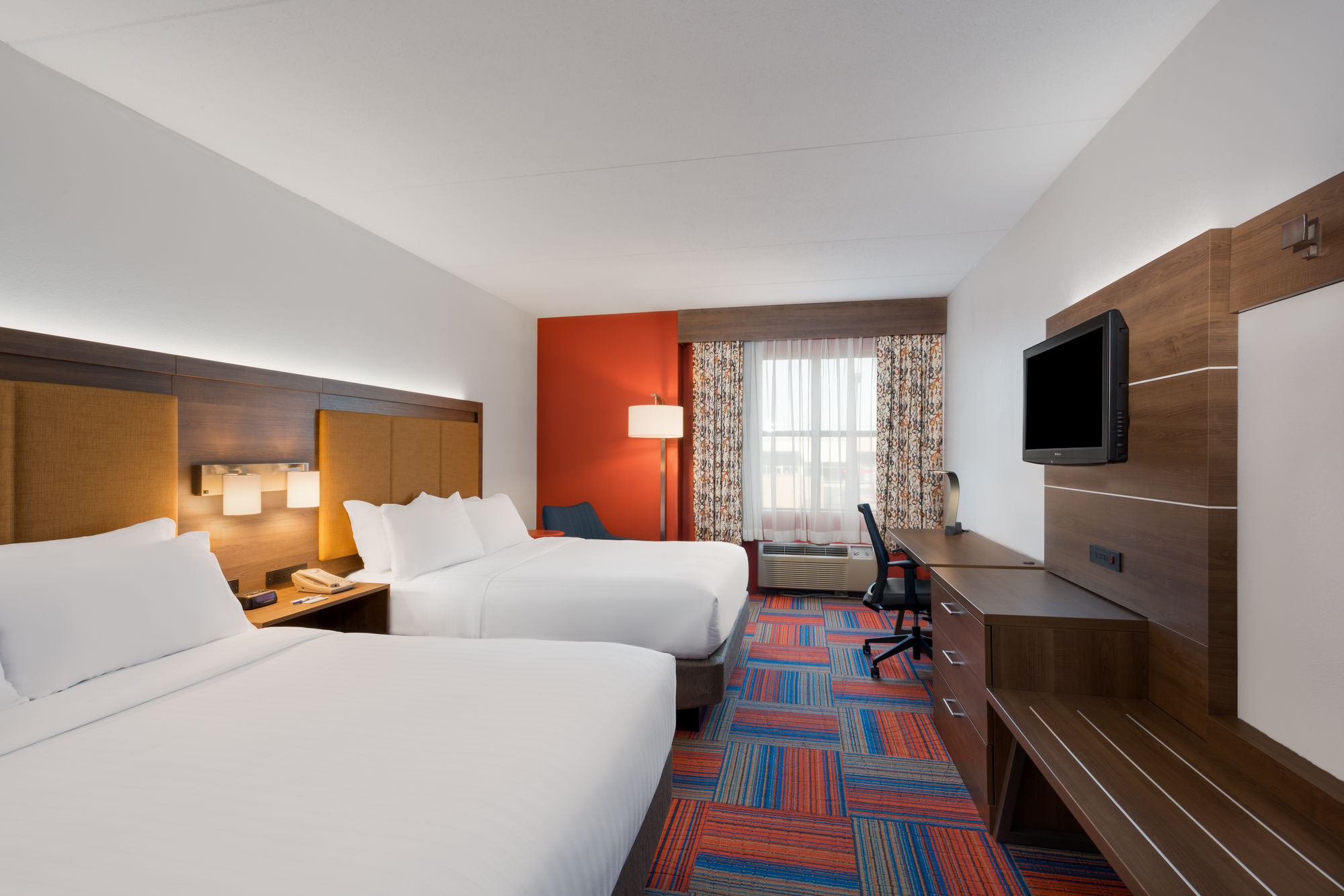 cambridge hotel coupons for cambridge maryland. Black Bedroom Furniture Sets. Home Design Ideas