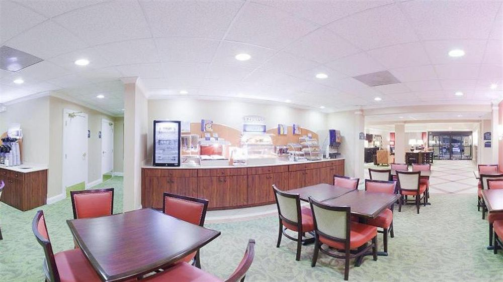 Holiday Inn Express Atlanta - Emory University Area
