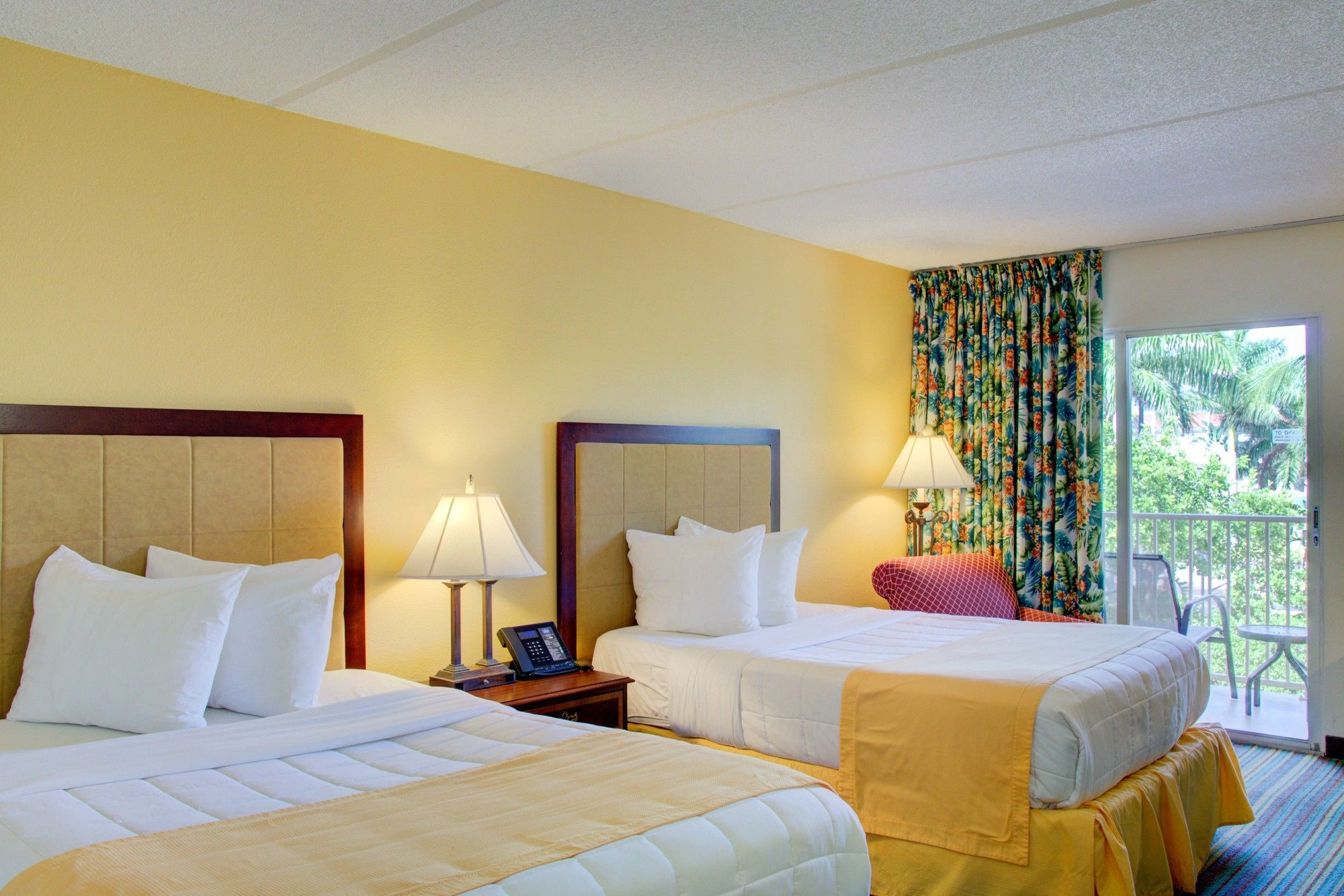 Hutchinson Island Plaza Hotel and Suites in Ft Pierce, FL