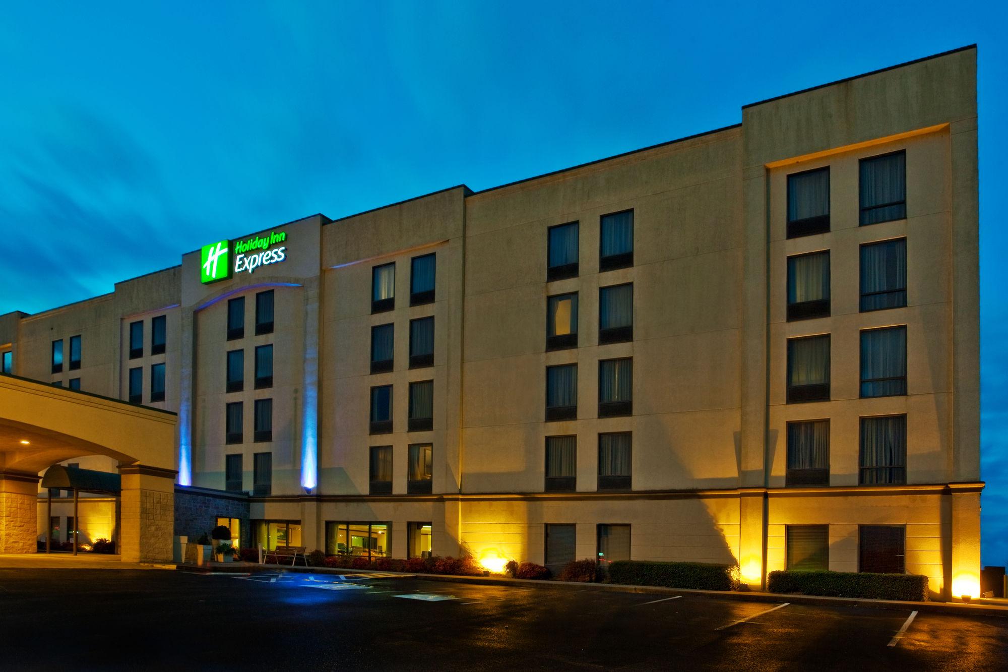Holiday Inn Express Atlanta W/ I-20/ Douglasville in Douglasville, GA