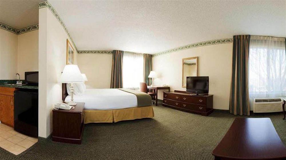 Holiday Inn Express Kernersville in Kernersville, NC