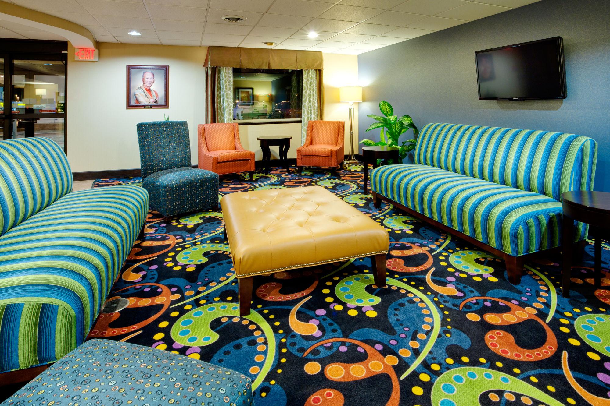 ... NY Holiday Inn Express Owego In Owego, NY