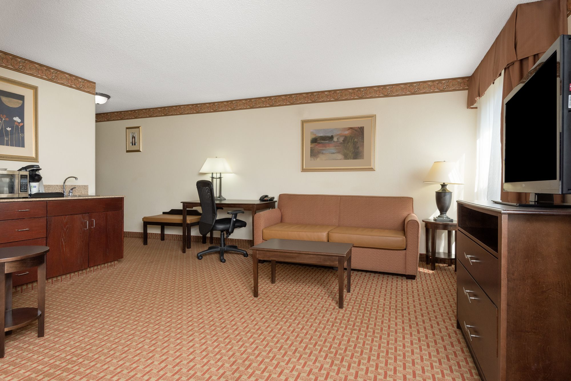 Holiday Inn Express Hotel & Suites Wilson - Hayes Place