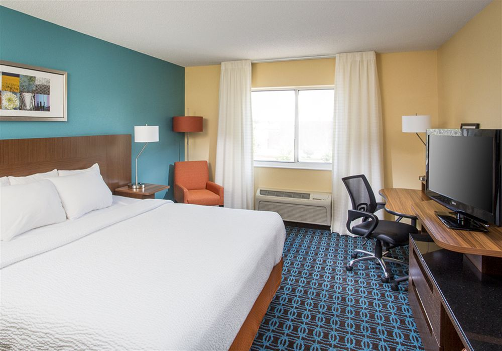 Look for value and fun on your next trip when you stay at a Ramada hotel. The location chain offers affordable options for nearly every traveler, with smoke-free hotels, water parks at selected locations, and discount airfare-and-hotel packages for popular destinations.