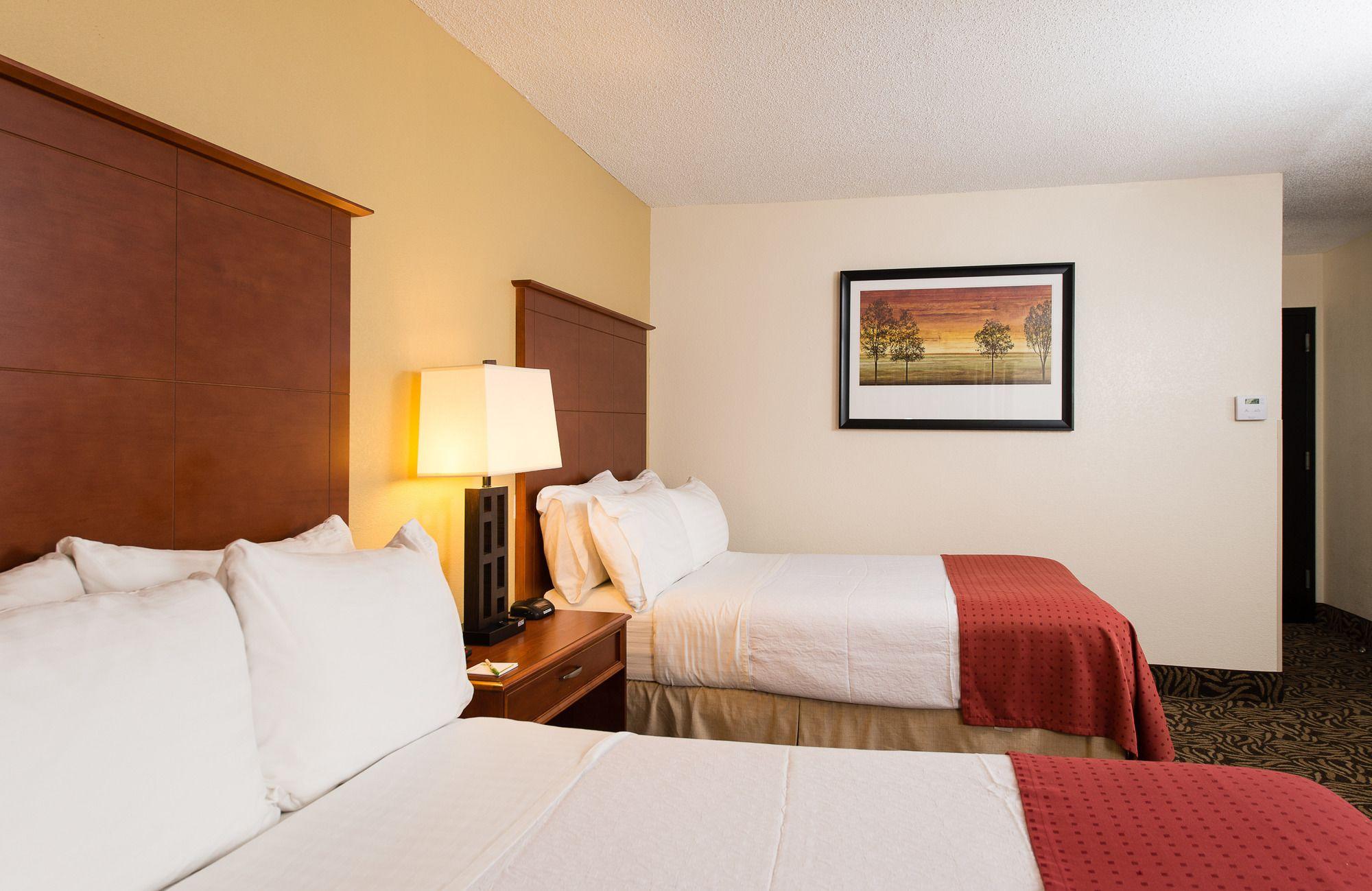 Holiday Inn Wilmington-Market St