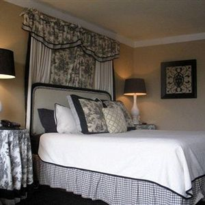 Golden Palms Inn & Suites in Ocala, FL