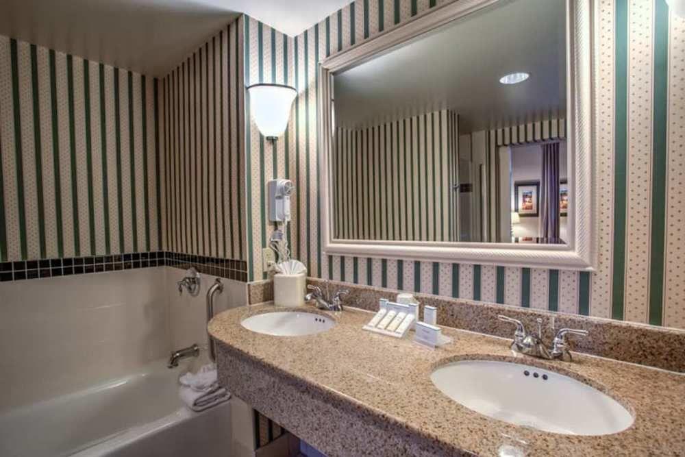 ... CA Hilton Garden Inn Cupertino In Cupertino, ...