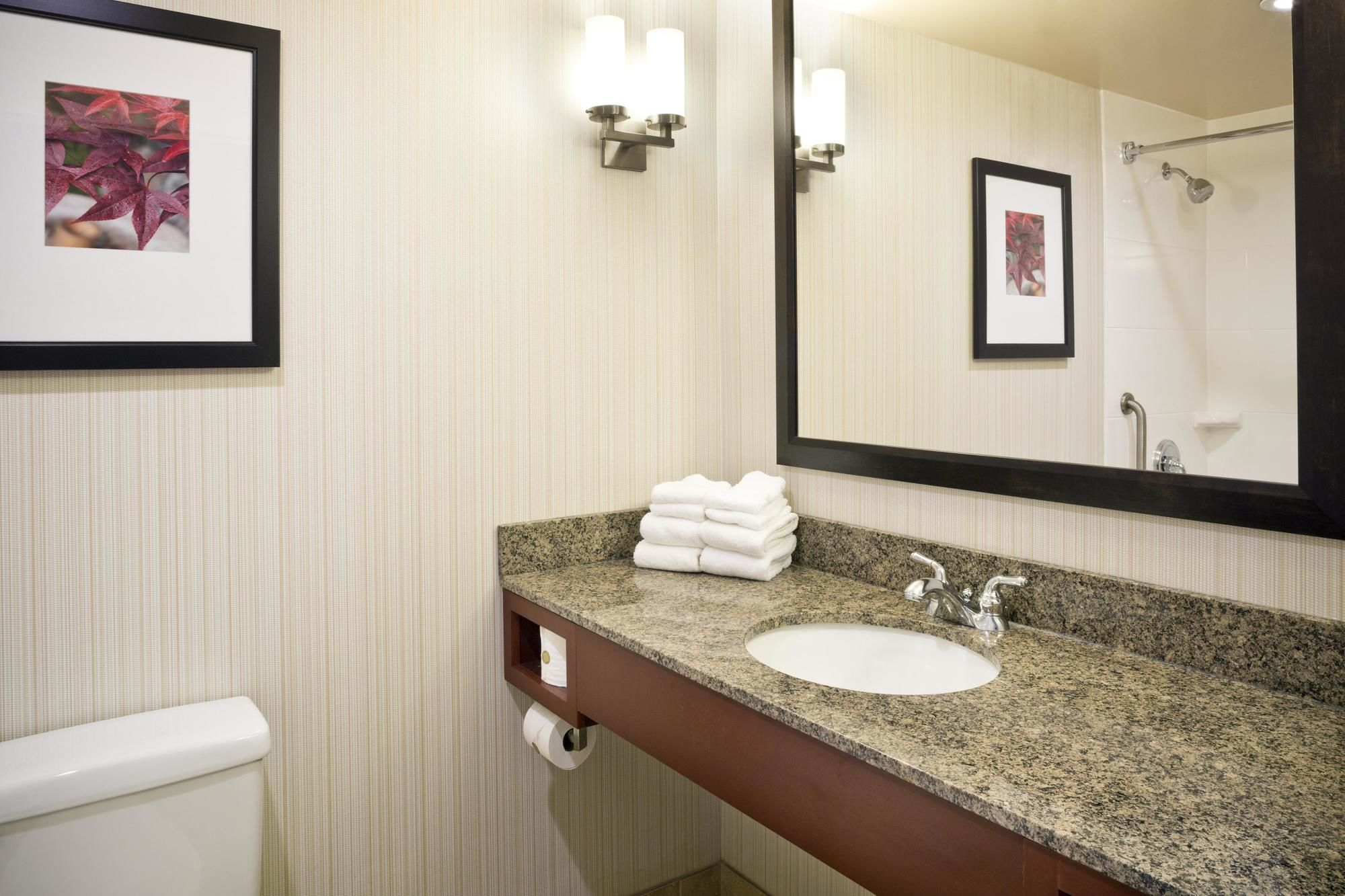 Baltimore hotel coupons for baltimore maryland - Hilton garden inn white marsh md ...