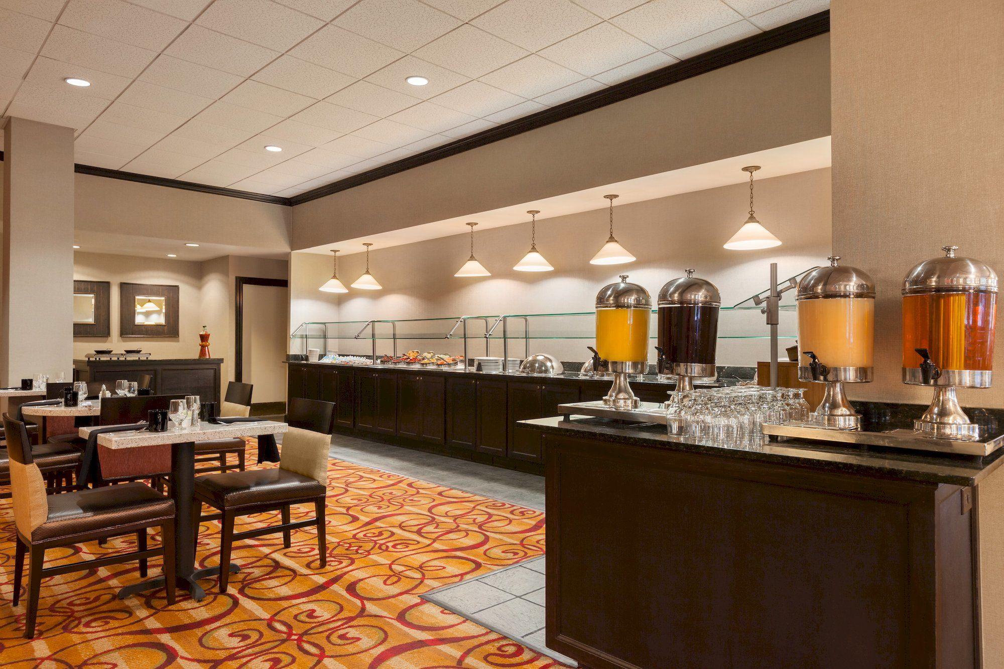 Hilton Fort Wayne at Grand Wayne Convention Center