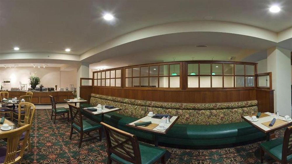 Holiday Inn Hotel & Suites Nashua in Nashua, NH