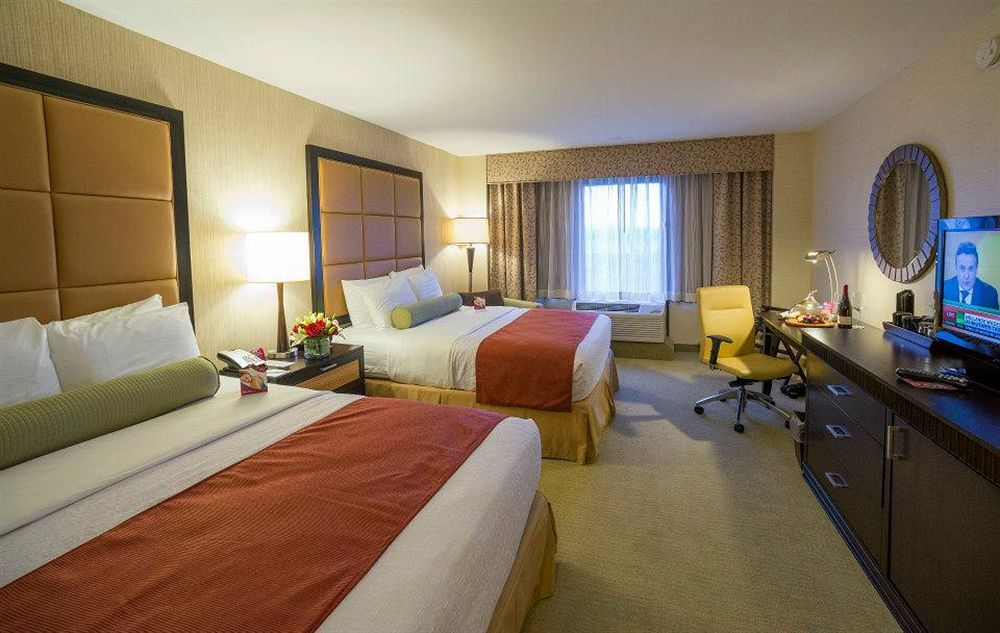 Crowne Plaza Wilmington North in Claymont, DE