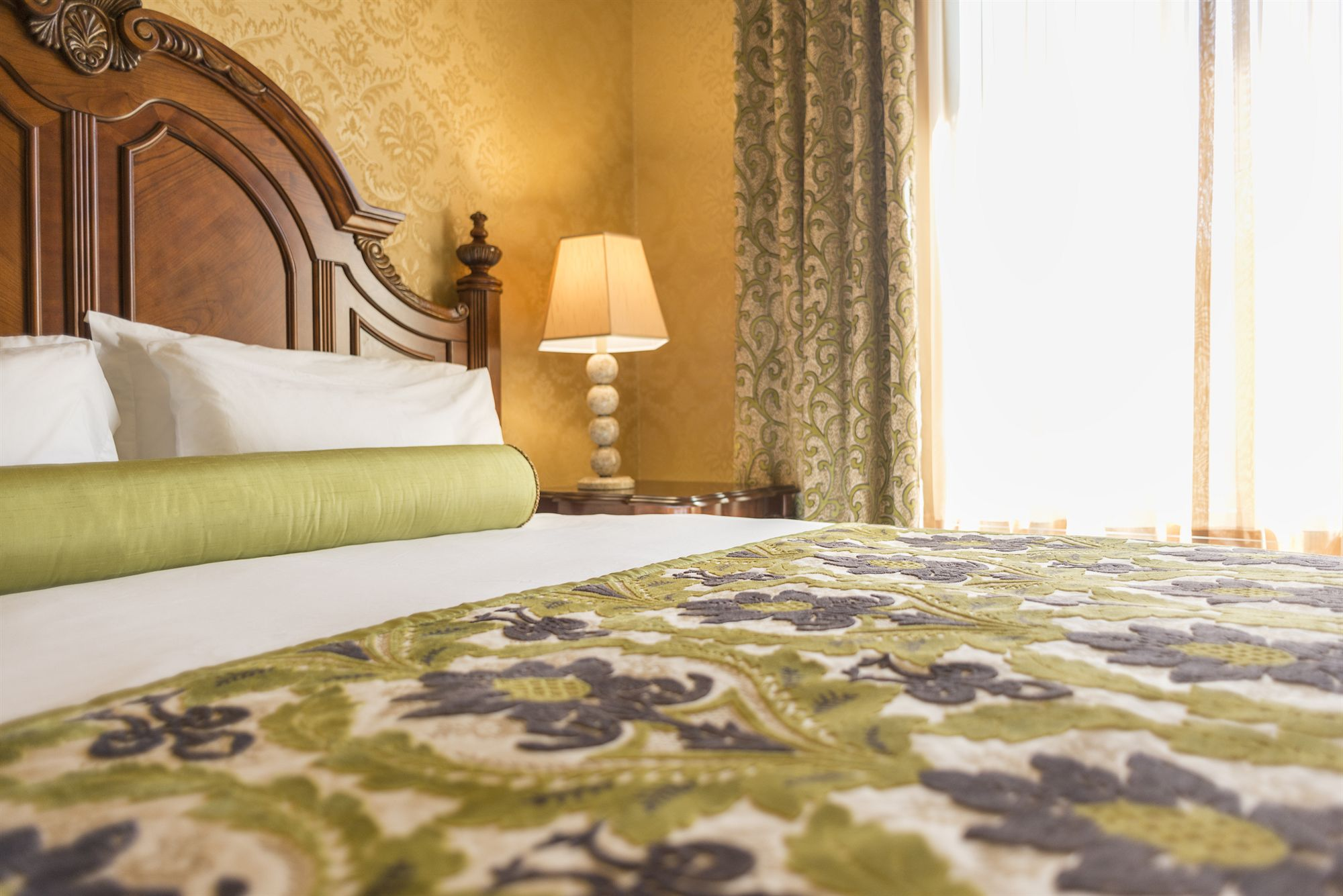 Discount Coupon For Ayres Hotel Manhattan Beach Lax In Los Angeles