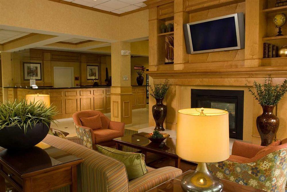Hilton Garden Inn Atlanta Airport/Millenium Center in College Park, GA