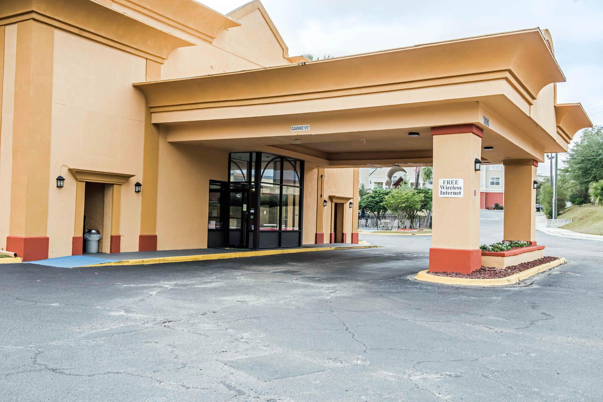 Quality Inn in Tallahassee, FL