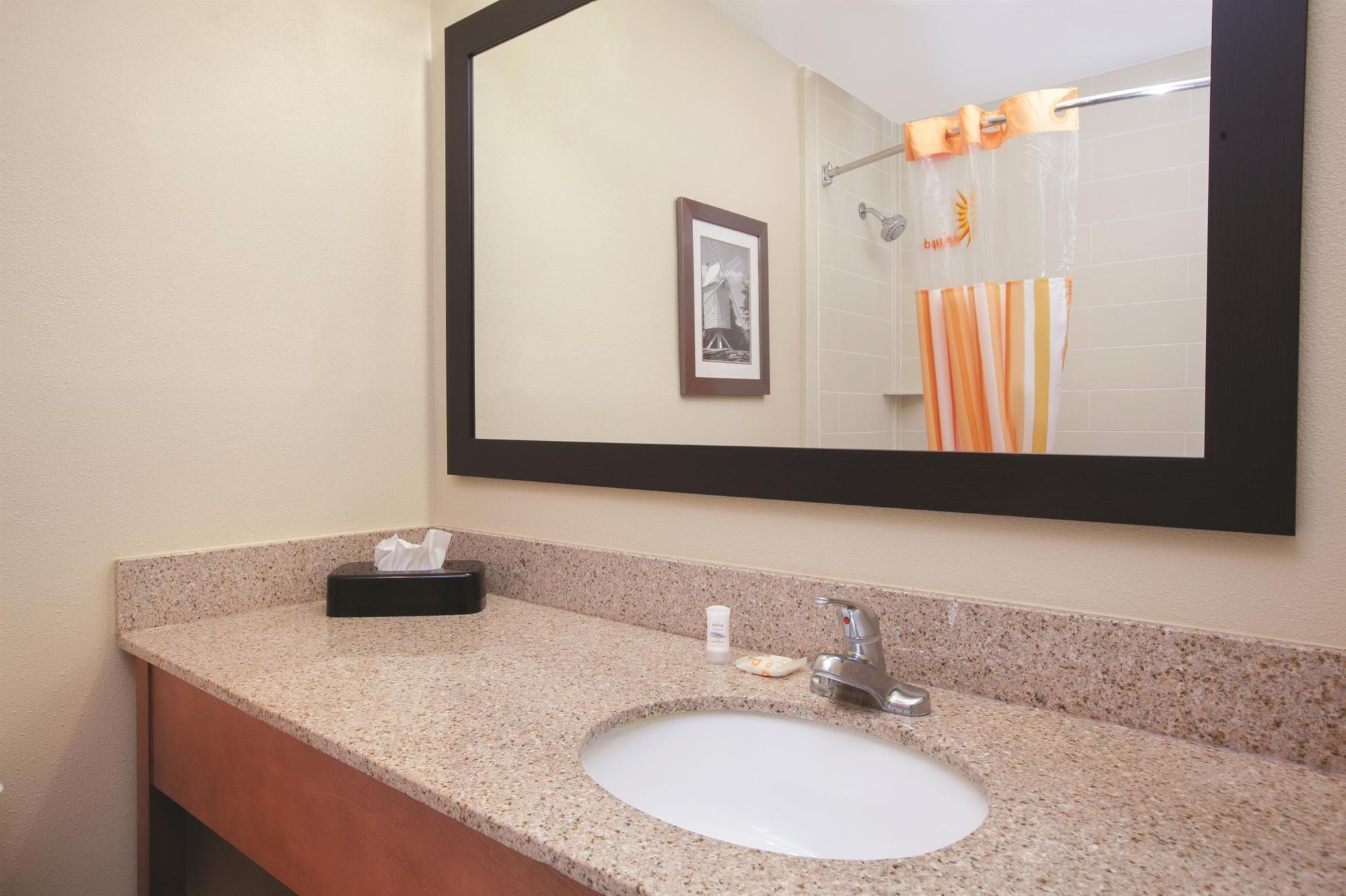 La Quinta Inn & Suites Williamsburg Historic Area