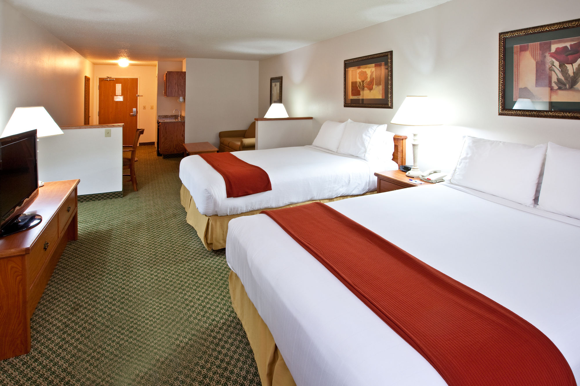 Holiday Inn Express Hotel & Suites in Logan, WV