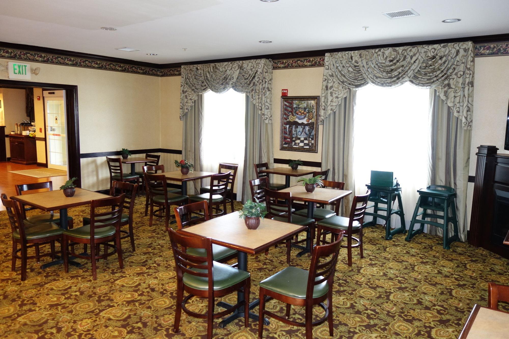 A Romantic Boutique Hotel in Perrysburg, Ohio