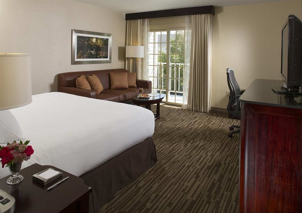 Doubletree by Hilton Raleigh Durham Airport at Research Tria in Research Triangle Park, NC