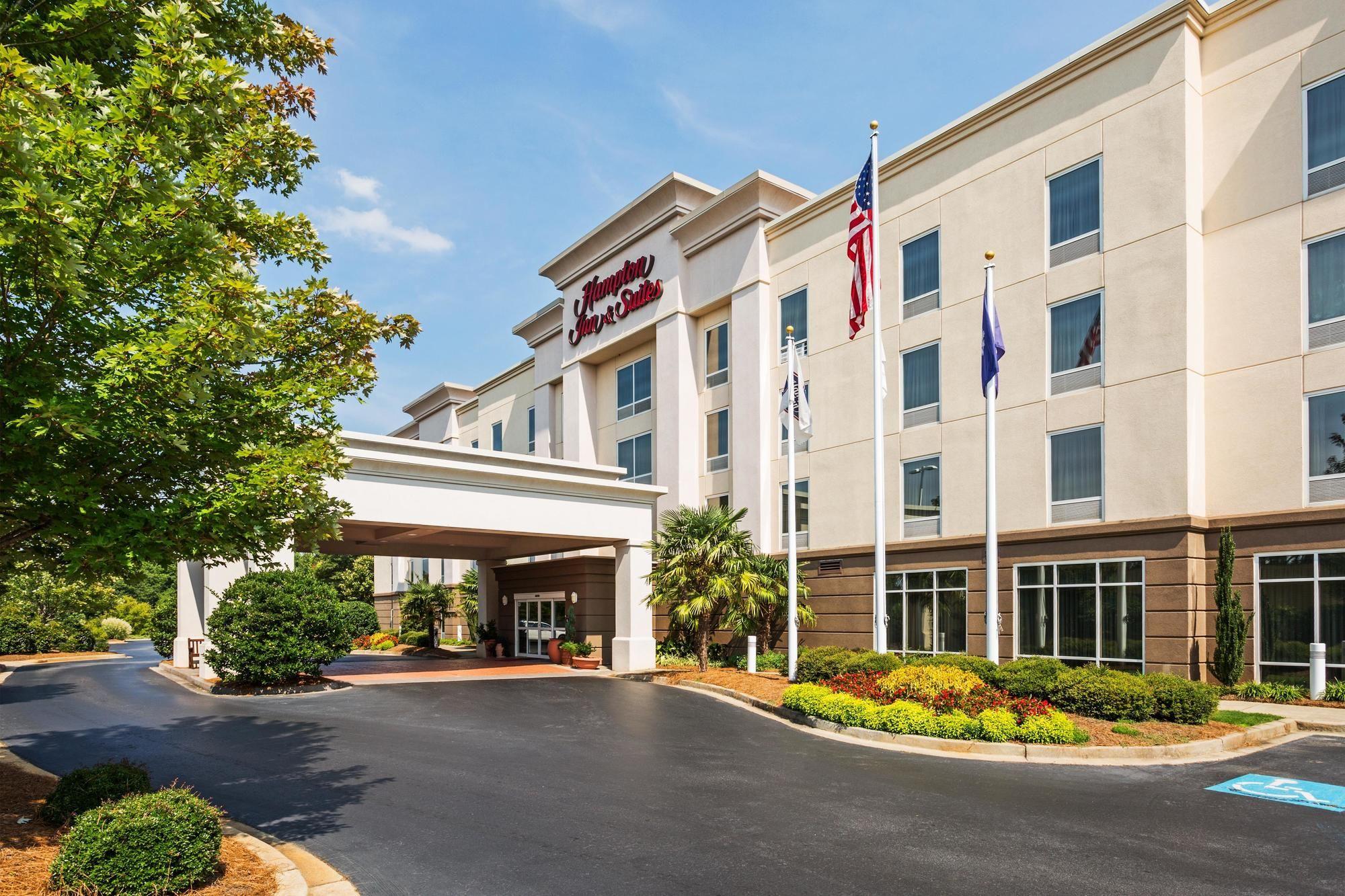Hampton Inn & Suites Clinton - I-26 in Clinton, SC
