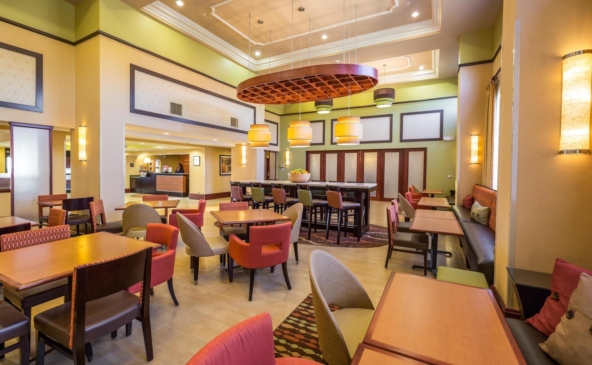 Hampton Inn & Suites Spartanburg I-26 - Westgate Mall