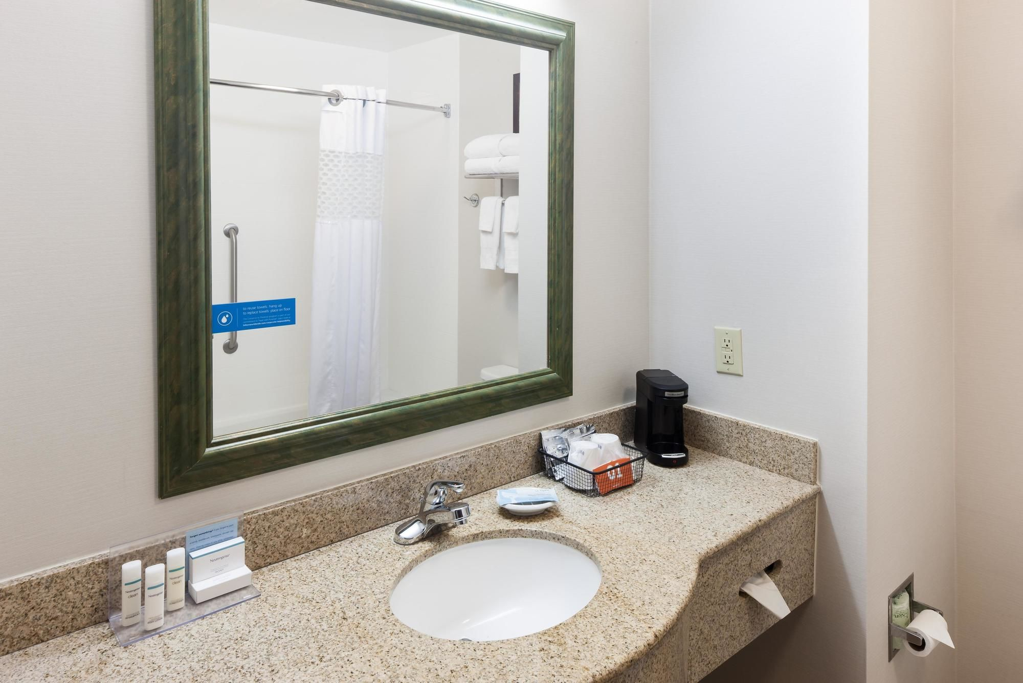 Hampton Inn & Suites Dothan in Dothan, AL
