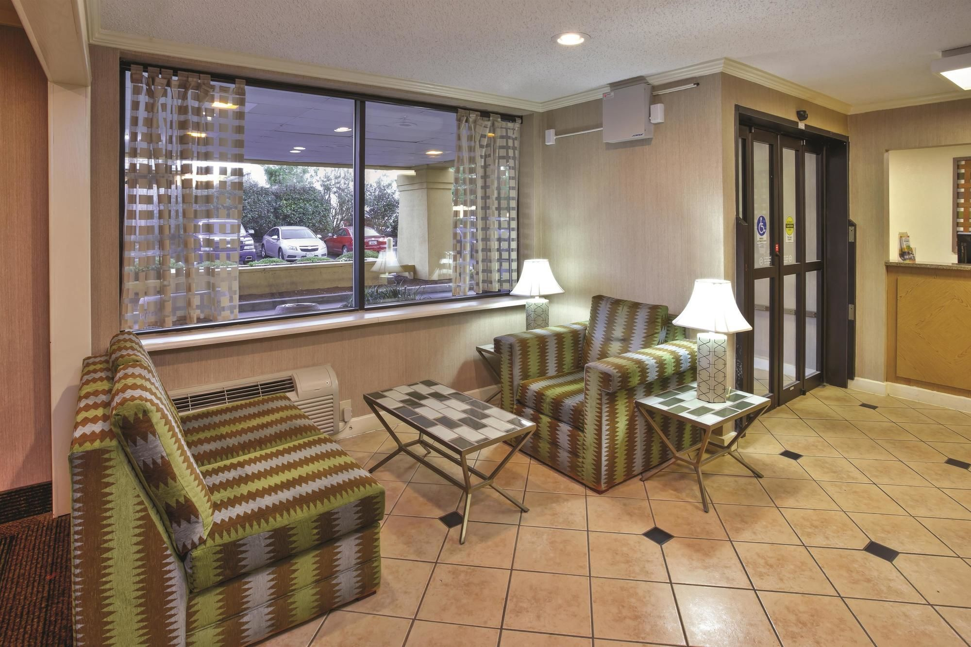 Birmingham Hotel Coupons for Birmingham, Alabama - FreeHotelCoupons.com