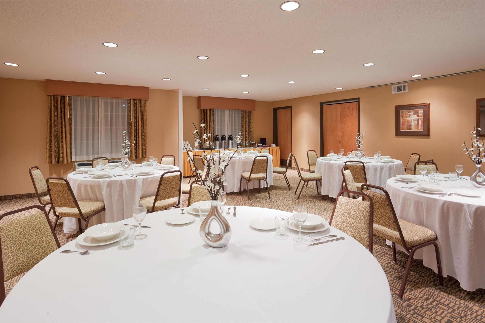 Livermore Hotel Coupons for Livermore, California - FreeHotelCoupons.com