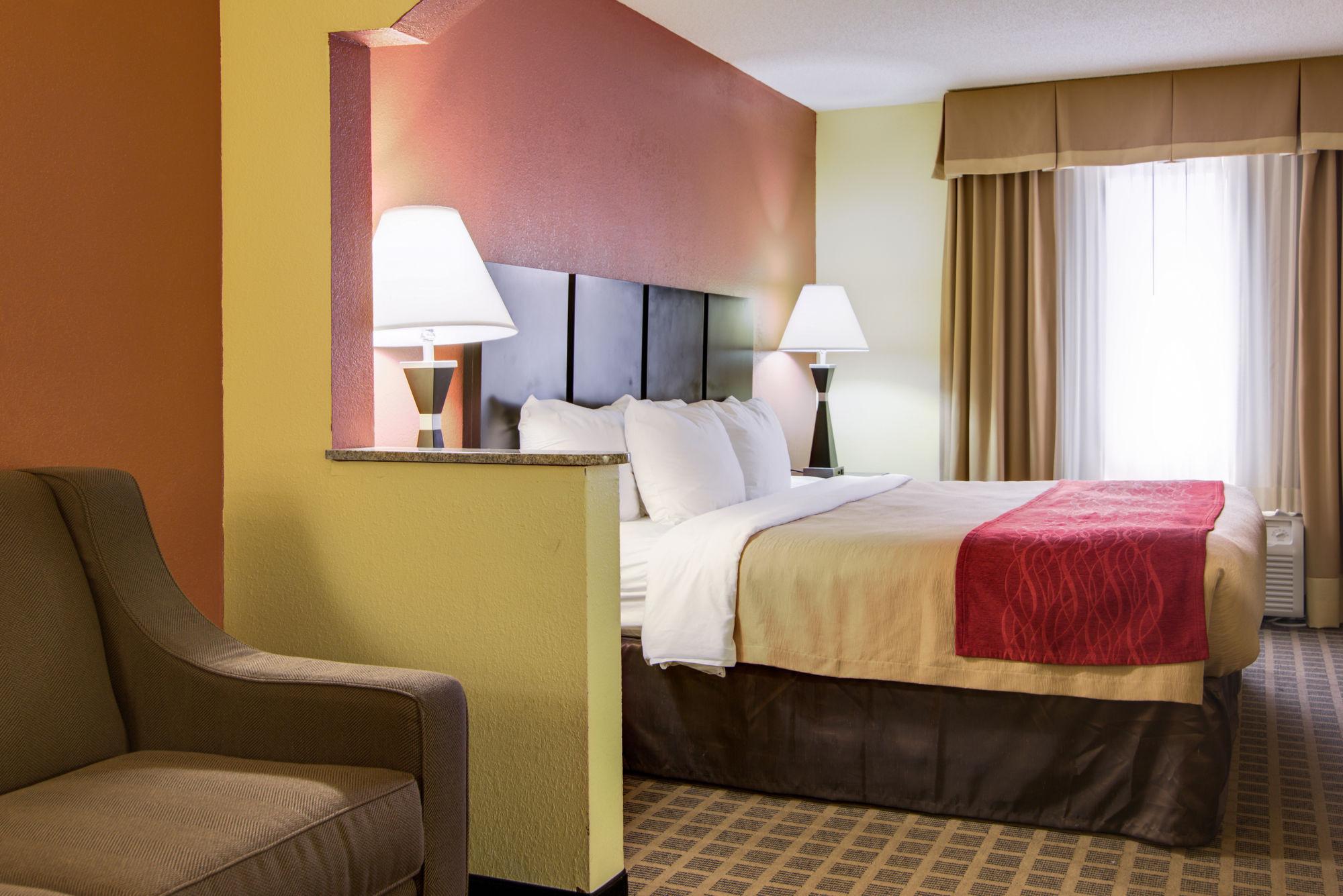 Comfort Inn & Suites in Macon, GA