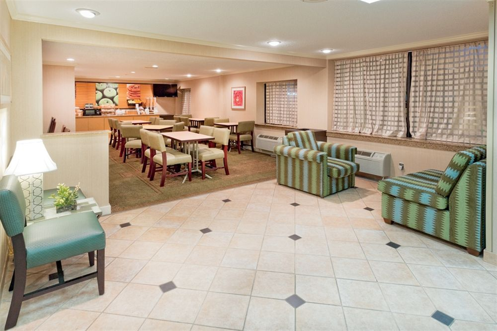 La Quinta Inn & Suites Meridian in Meridian, MS